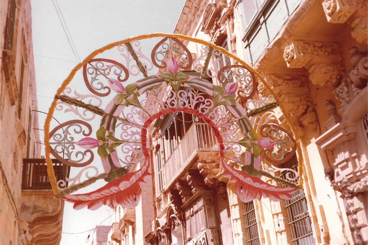 A 1971 karti tat-tajr decoration in Archbishop Street, designed by Fr Karm Ferrante.