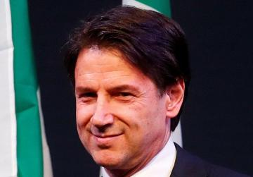 Did Italy's prime minister candidate inflate his international academic credentials?