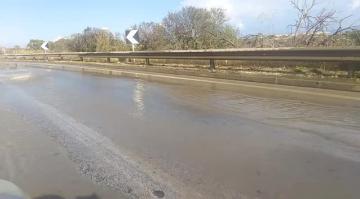 Traffic monitors keep an eye on rain-drenched roads