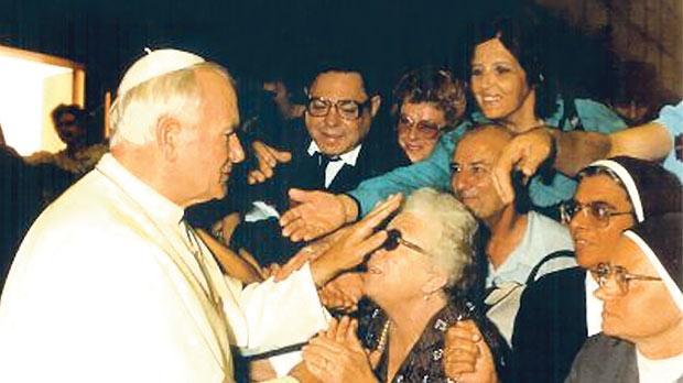 Pope John Paul II blessing Ineż.