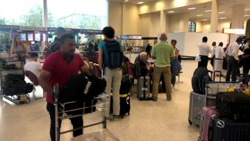 Tourists flee Sri Lanka, as travel industry faces uncertainty