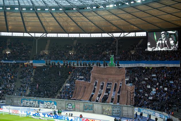 Watch: Bundesliga commemorates fall of Berlin Wall 30-years on