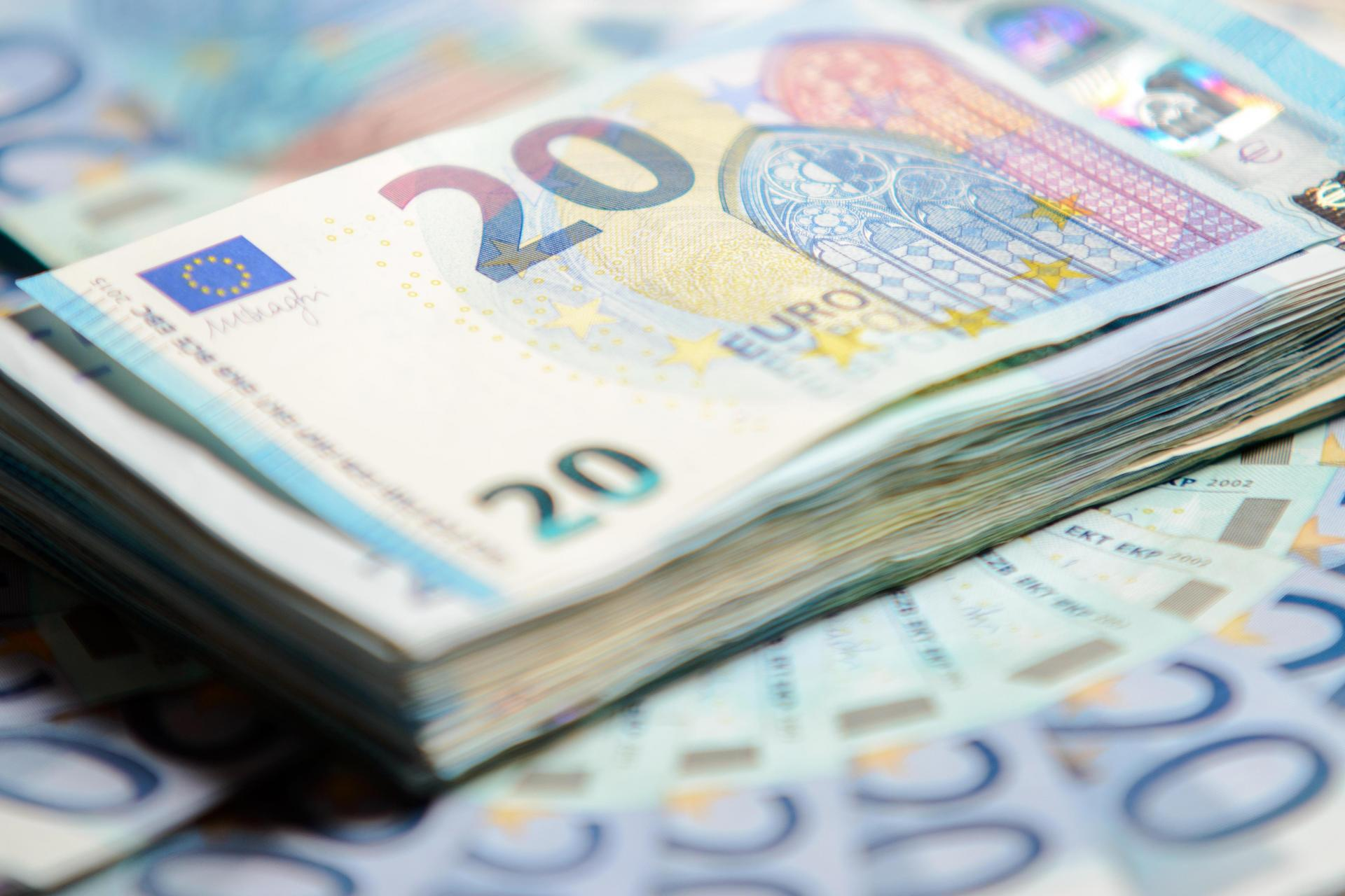 Budget 2020: €10,000 cash transaction limit on high-value purchases
