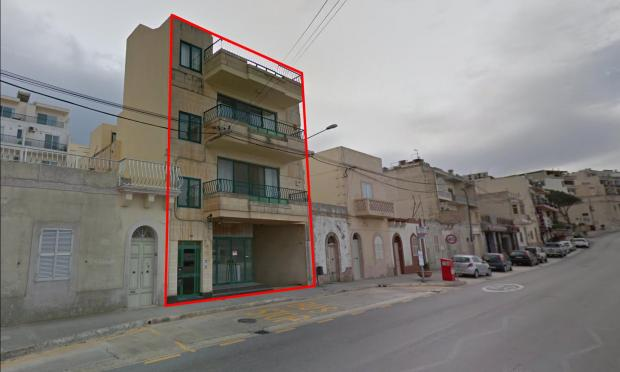 A google maps image of the building as it was before.