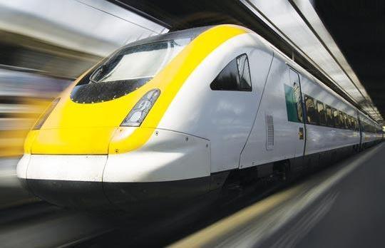 eurostar resumes london paris train service after closure. Black Bedroom Furniture Sets. Home Design Ideas
