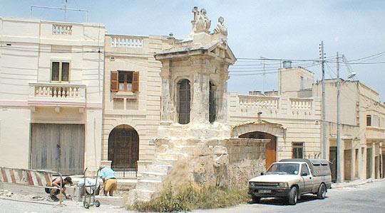 Niċċa ta' l-Infetti, Triq l-Imrieħel, Birkirkara.