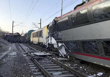 One killed in head-on train crash in Luxembourg