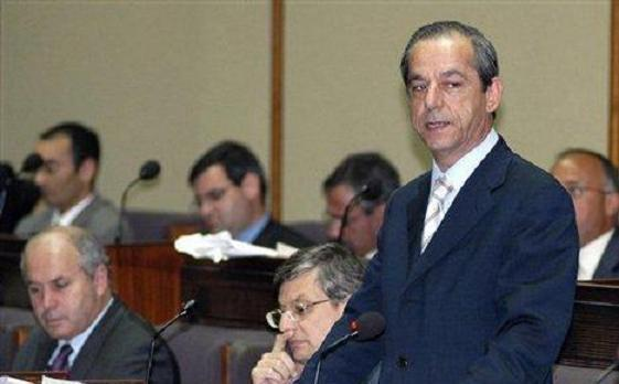 Dr Gonzi speaking in parliament (File picture).