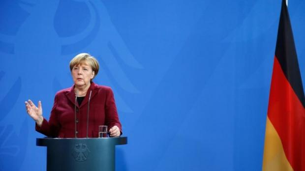 Merkel expected to say she will seek fourth term as German chancellor