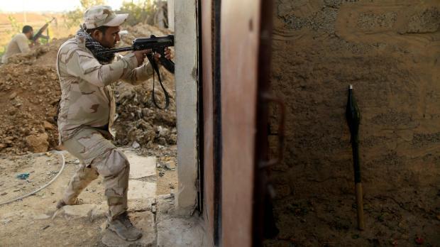 39 persons killed in three Iraqi attacks