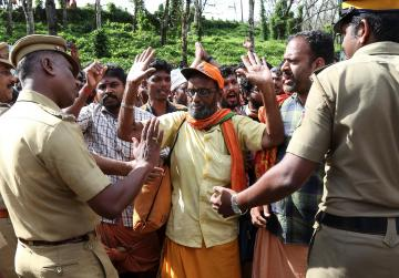 Watch: Hindu hardliners defy court order to women can enter temple