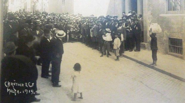 Malta university students during the Sette Giugno riots, in front of the University. Photo: Author's collection