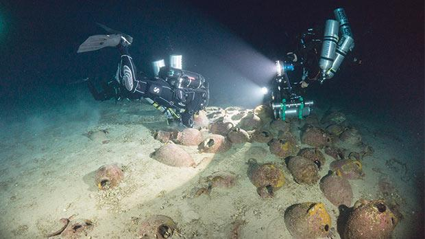 A team of marine archaeologists has been visiting the oldest shipwreck in the central Mediterranean. Photos: D Gration and Hyttinen/Subzone/University of Malta
