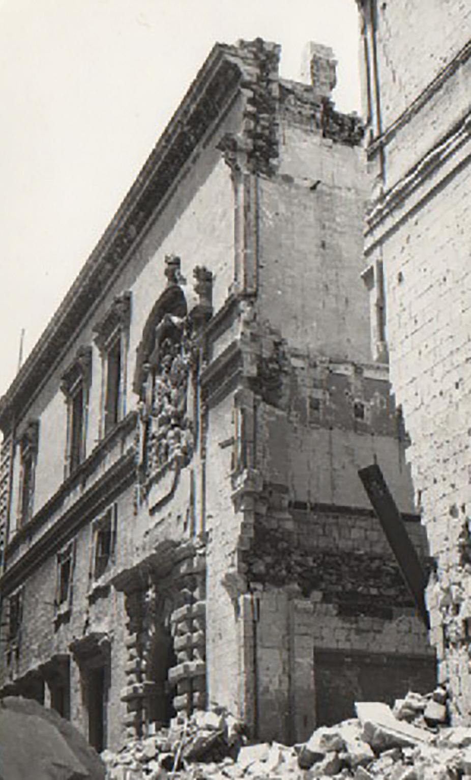 Half of the historic Auberge d'Italie in Merchants Street, Valletta, was demolished by bombing. It was rebuilt after the war and now serves as the arts museum.
