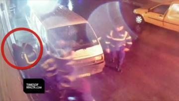 Watch: Police investigated after alleged 'beating' | The police are denying they beat up the Italian man.