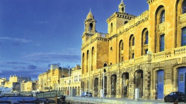 The elegant Marina Grande, now known as the Vittoriosa Waterfront. Parochial rights over the marina caused friction between the parish and Governor Thomas Maitland.