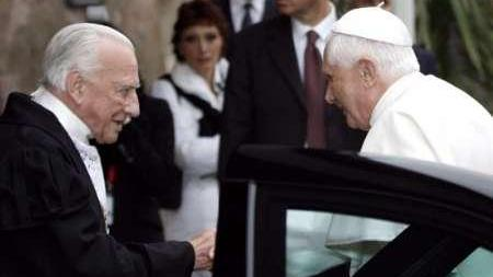 The late Grand Master Andrew Bertie with Pope Benedict.