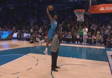 Watch: Diallo shows off high-flying skills to win NBA dunk crown