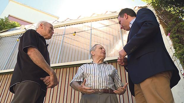 Charlie and Tony Meilak, who were interned in Italy during the war, being interviewed by Mario Xuereb of TVM.