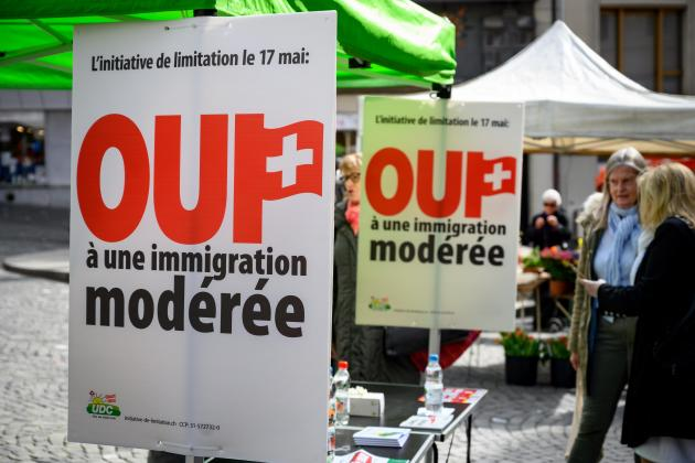 Swiss reject limits to free movement of people with EU