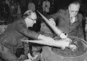 Flashback to 1979 - Dom Mintoff lights the torch at the Freedom Monument, with GWU General Secretary Gorg Agius.