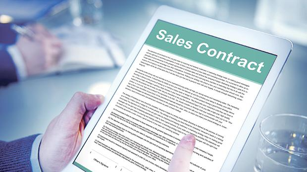 If a contract term can be interpreted in different ways, it is the interpretation most favourable to the consumer that prevails. Photo: Shutterstock.com