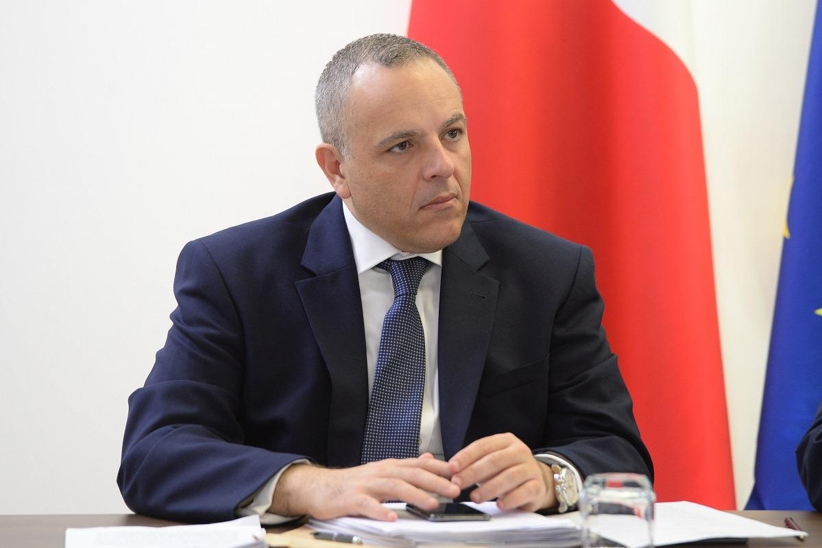 Keith Schembri at a 2018 cabinet meeting.