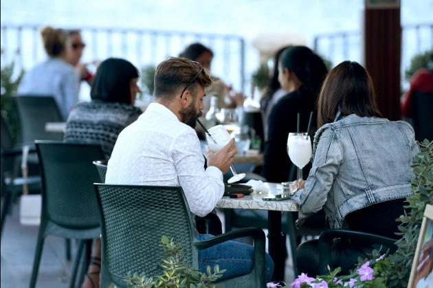 Which restaurants will be offering vouchers to diners?