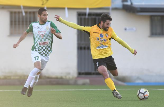 Antonio Rozzi (right) scored the all-important goal for Qormi against Floriana. Photo: Matthew Mirabelli