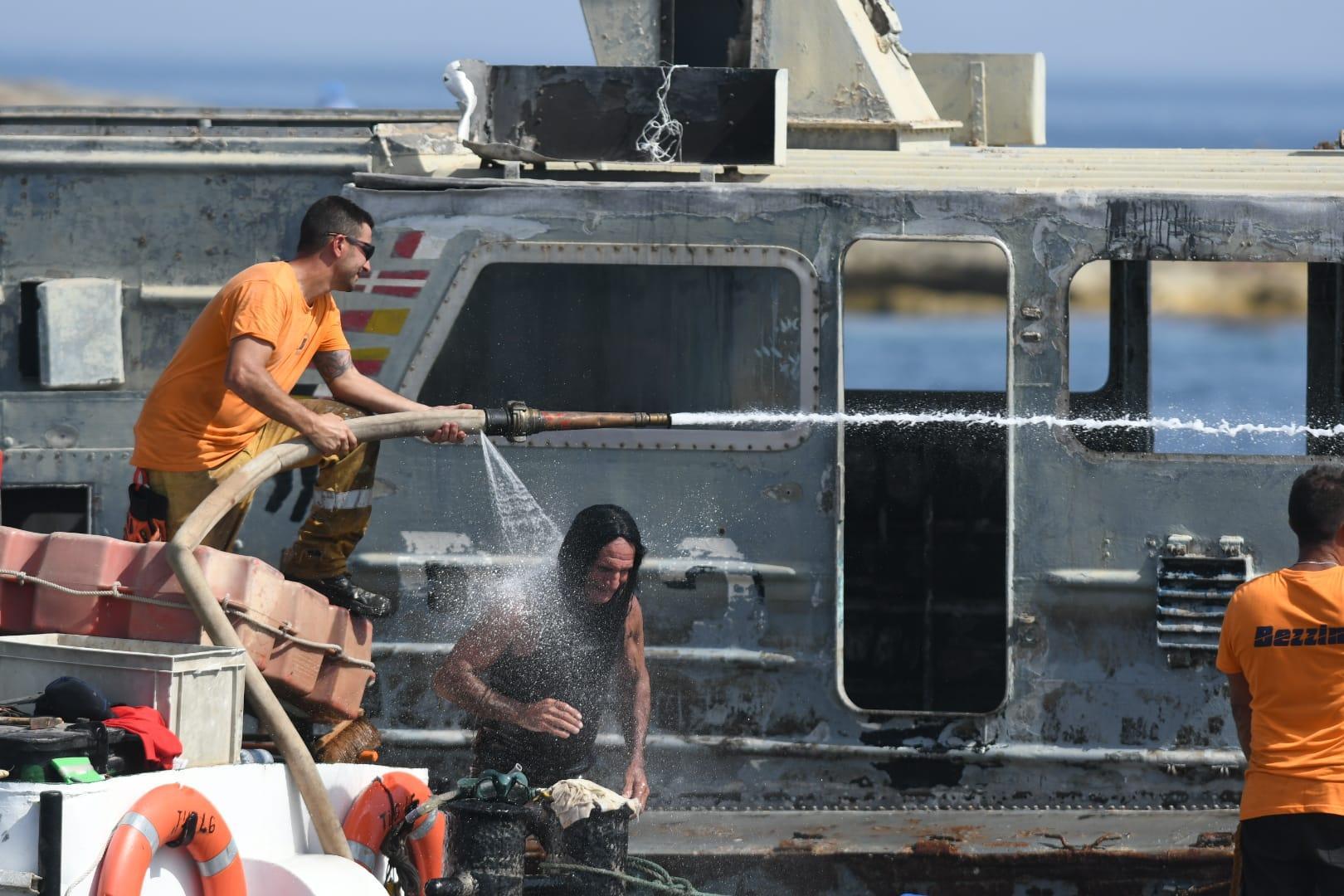 Preparing the scuttling of the new wreck Photo: Matthew Mirabelli