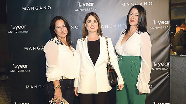 Vicky Licari, Becks Arpa and Lara Licari.