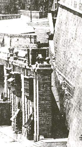 Nix Mangiari Steps extended to the Porta di Monte until 1884.
