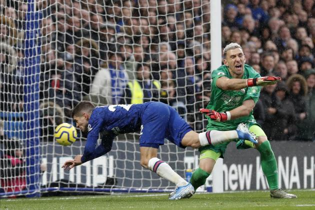 Updated: Chelsea up to second as Tottenham falter once more