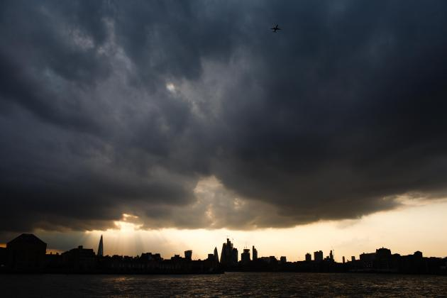 Brexit turmoil drives UK towards recession