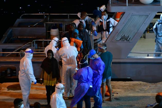 Migrants stranded on livestock ship brought to Malta