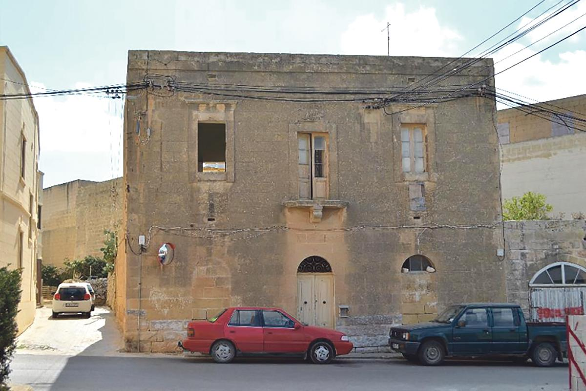 The old house in Sannat, which is to be demolished save for its façade.