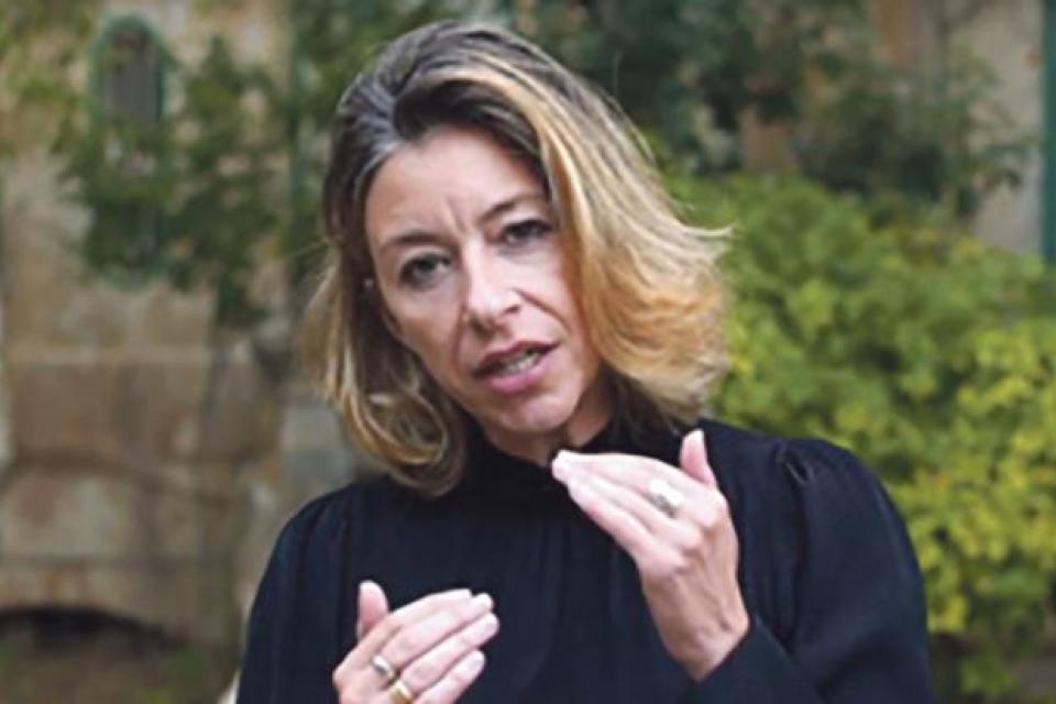 Maria Pisani.