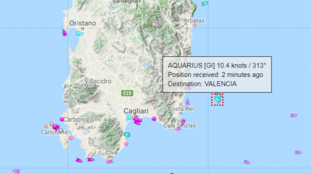 Aquarius diverted along Sardinia as seasickness grips migrants on board