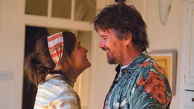 Rose Byrne meets the rocker of her dreams, Ethan Hawke, in Juliet, Naked..