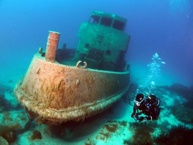 Tug 2 off Exiles. Photo via Shutterstock