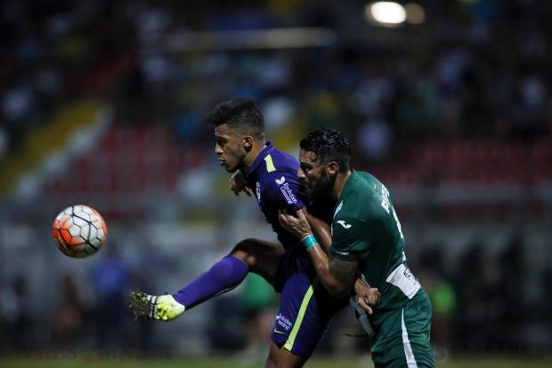 St Andrew's Kyrian Nwoko (left) defends possession of the ball from Floriana's Enrico Pepe during their Premier League football match at the Hibernians Stadium in Corradino on August 27. Photo: Darrin Zammit Lupi