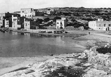This photo taken around 1885 shows the earliest buildings in Marsascala.