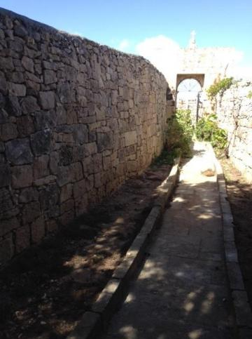 Rubble walls and pathways at Ħal Millieri were repaired in record time.