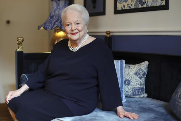 Olivia de Havilland Sues FX Over 'Feud' Portrayal