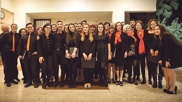 Members of the Enkor choir