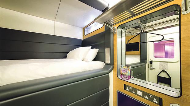 Air standard cabin