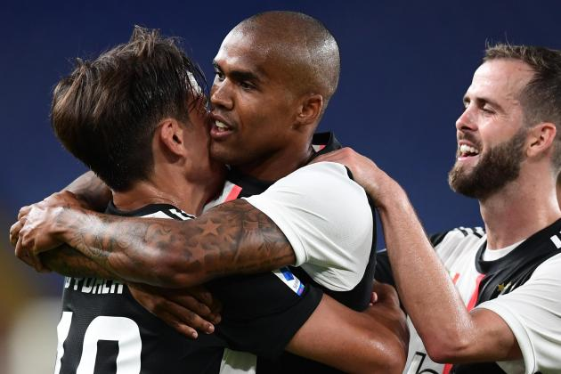 Updated: Juventus keep Lazio at bay with Genoa stroll