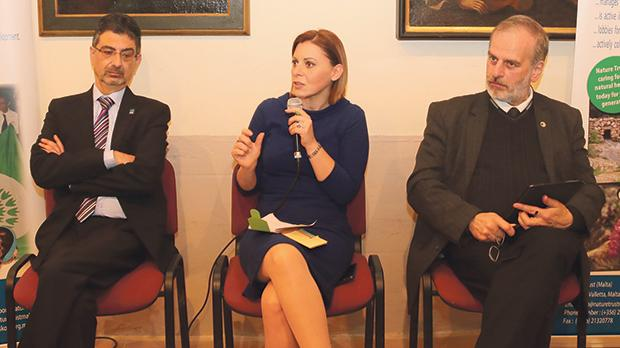 Gozo Minister Justyne Caruana flanked by Vincent Attard (left) and Prof. Paul Pace.