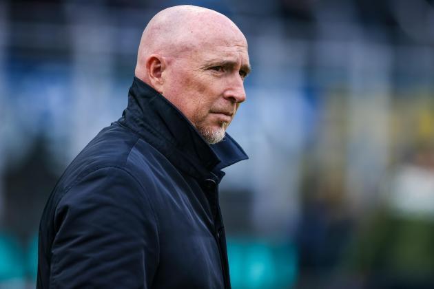Serie A strugglers Genoa sack coach Maran