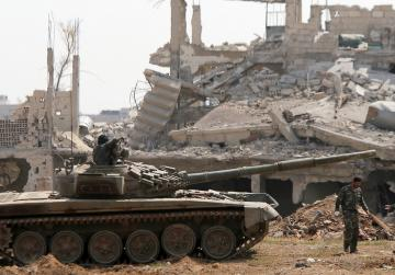 Syrian army resumes offensive in south Damascus - state TV